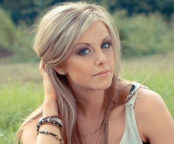 Lindsay Ell  Verified Contact Details ( Phone Number, Social Profiles) | Profile Info